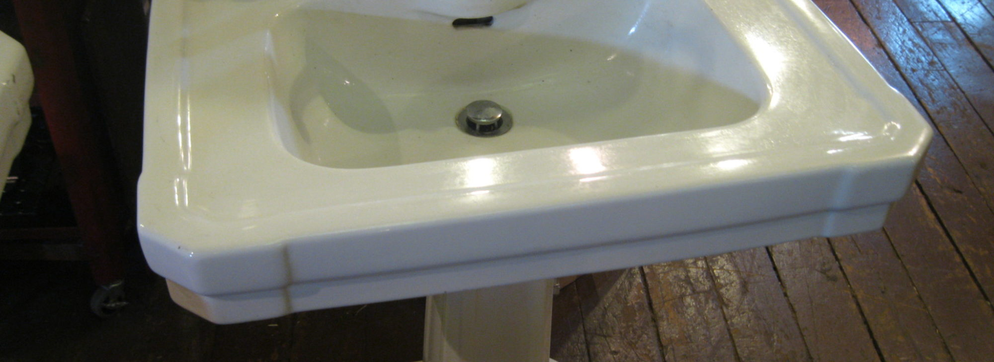 American Standard pedestal sinks 1928 - City Salvage | Minneapolis ...